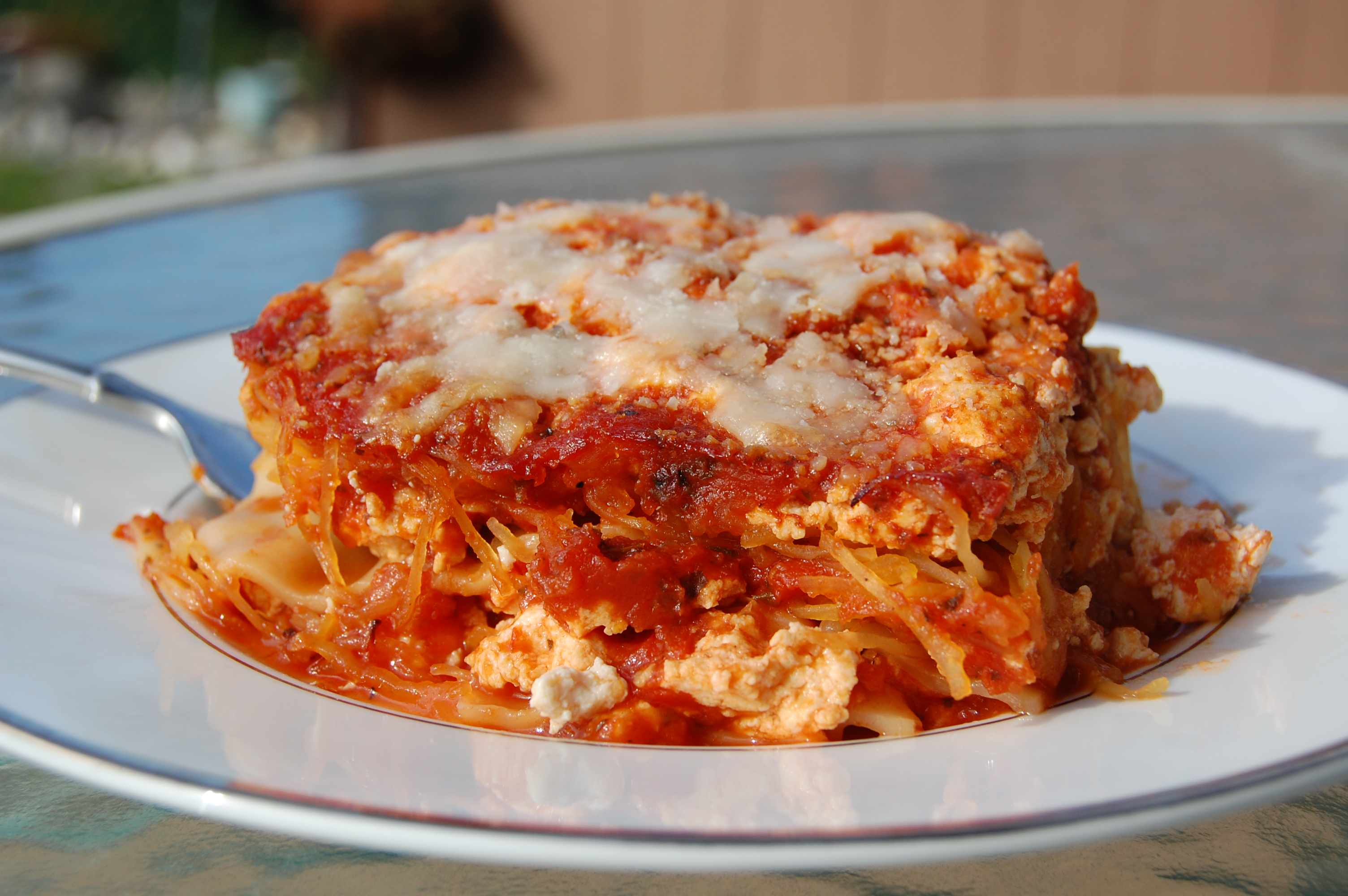 Spaghetti Squash Lasagna with Noodles | 40 Fit In The Mitt